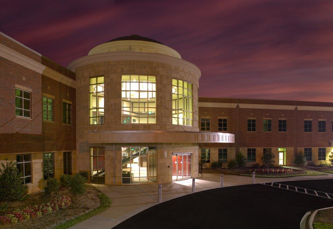 Rosedale Medical Center, outside door night