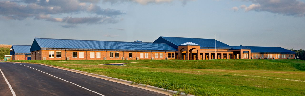 Starmount Middle School